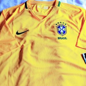 Nike Official Nwt